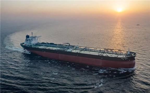 """30万吨级超大型油轮竖立""""风帆""""创新驱动发展助力蓝天保卫战"""