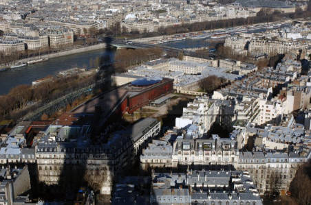 气候变化:极端高温天气使欧洲基础设施加速退化