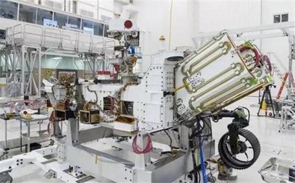 NASA工程师已经开始将核燃料装载到Mars2020火星车上