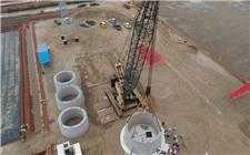 山东桂冠风电工程首台机组开始吊装
