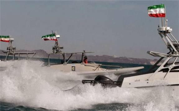 伊朗:于波斯湾扣押一艘70万升燃油的外国油轮