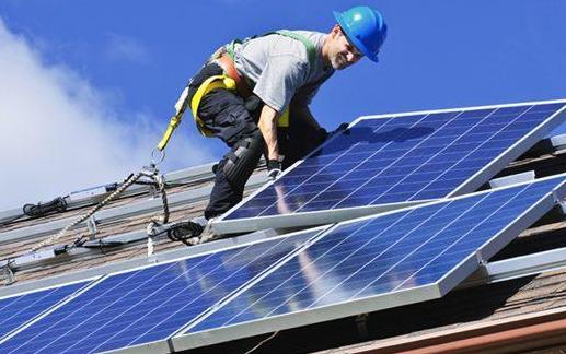 """美企太阳能发电量近年直线飙升  """"囤购""""光伏组件应对""""到期不续"""""""