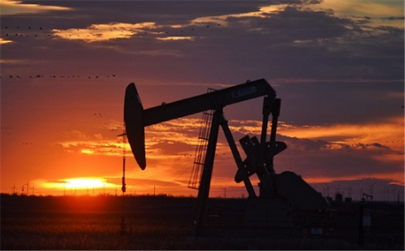 美油创半年低位,市场关注OPEC是否有所反应,油价是否会跌破42美元