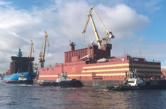 俄罗斯浮动核电站穿越北冰洋引起美国及环保组织担忧