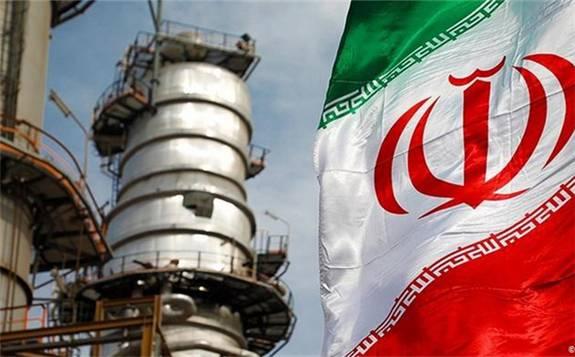 伊朗计划将国家预算对石油收入依赖减少到零