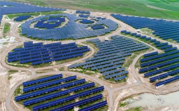 中国城市的工商业太阳能系统供电已经比电网供电便宜