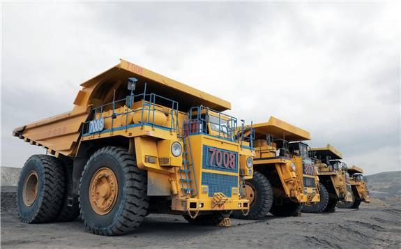 中国煤炭行业首批基于5G技术实现驾驶无盲区的大型矿车正式投入运行