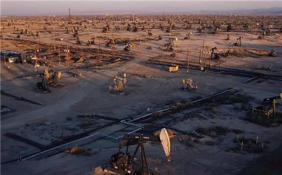 页岩油行业:欲成大器者必先受其重?