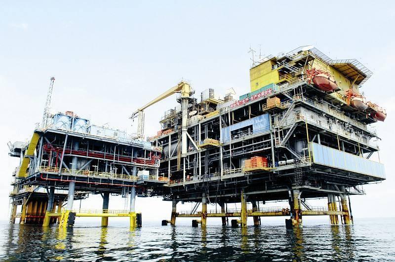 我国海上最大自营油田—绥中36-1油田累计生产原油突破8500万吨