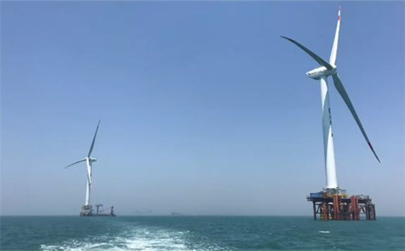 中国能建浙江火电承建海上风电升压站主体 开始吊装作业