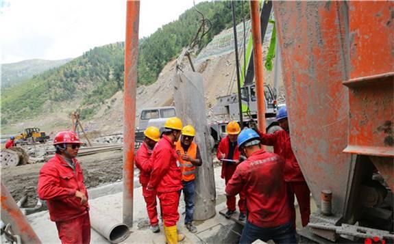 """湘钢首次批量生产的""""超级水电钢""""创下两项世界之最"""