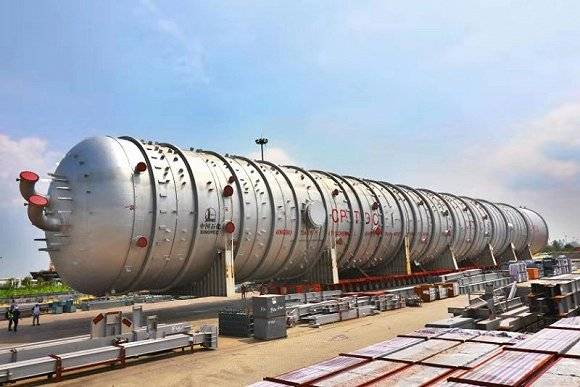 中油技开世界最大常压塔在张家港启运