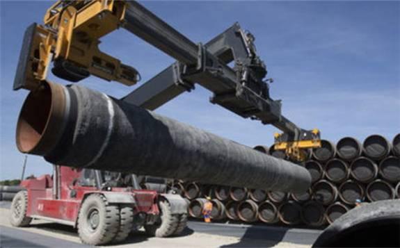 加拿大政府宣布重启备受争议的跨山输油管道扩建工程