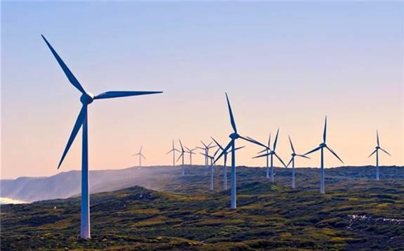 美国太阳能或将超越风能 成为无可争议的企业绿电优选