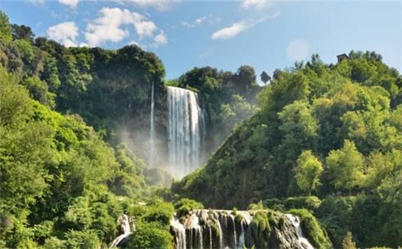马达加斯加水电公司:建立太阳能+水电厂,填补周边能源缺口