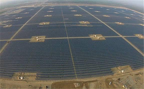 巴基斯坦希中方在巴投资太阳能发电站