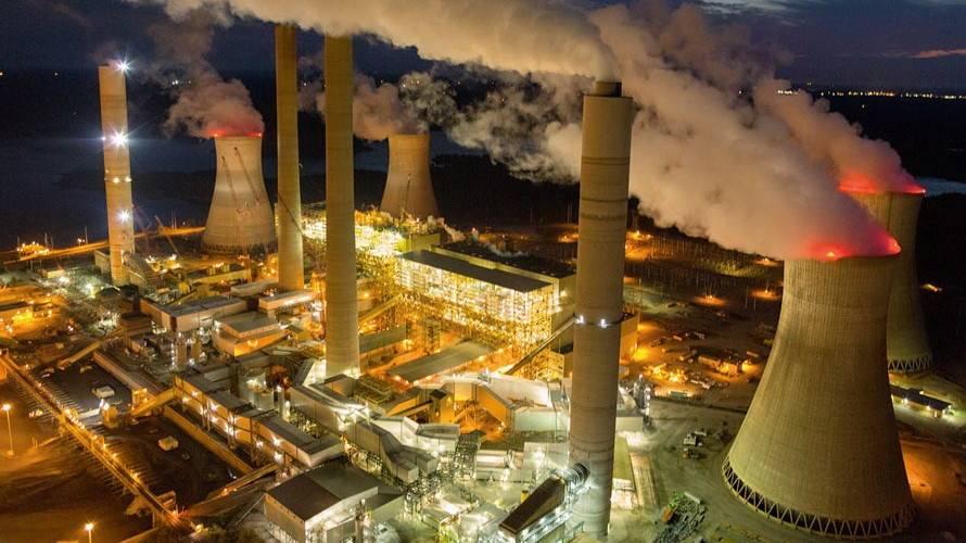 越南正在从燃煤发电更多转向清洁能源发电