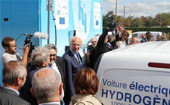 第一个加氢站在法国克莱蒙费朗开幕