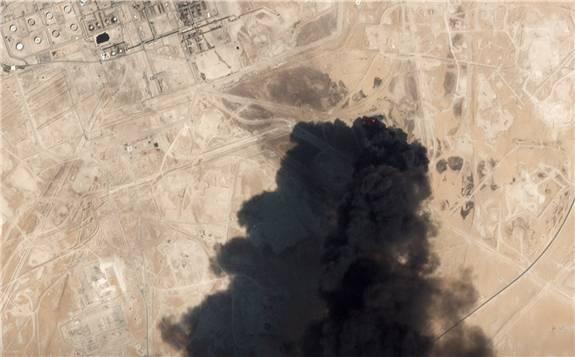 """沙特油田遇袭使油价飙升16.61%,IEA:油市依然""""供应良好"""""""