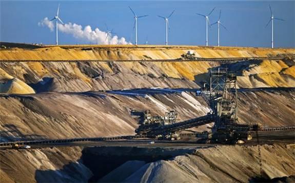 德国环境部长宣布加入多国政府组成的