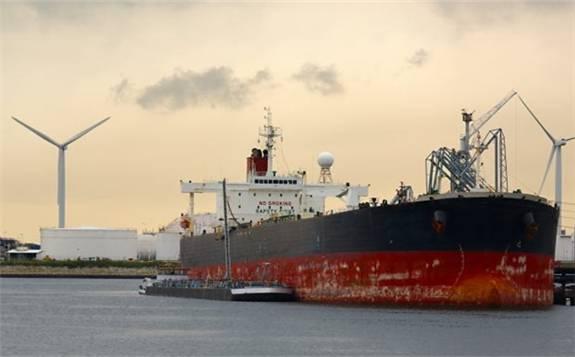 沙特国有石油公司遭受袭击以来,该国石油出口平均每天减少约150万桶