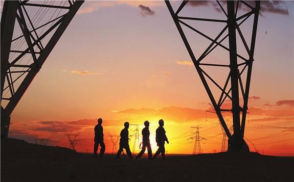 国家电网上半年净利润为304亿元,同比减少15.26%