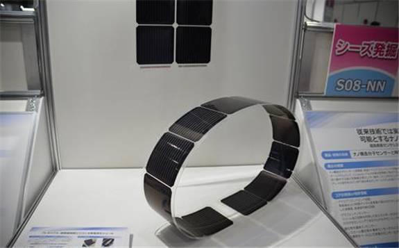 松下研制超轻太阳能电池模块