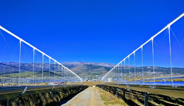 全球首座配置储能的水工质菲涅尔光热电站在法国投运