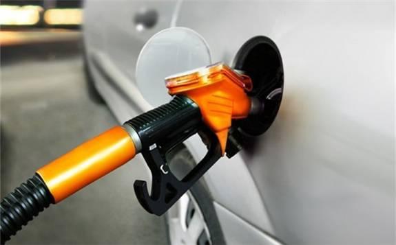 """内成品油调价窗口将再度开启,预计届时将迎来""""三连涨"""""""