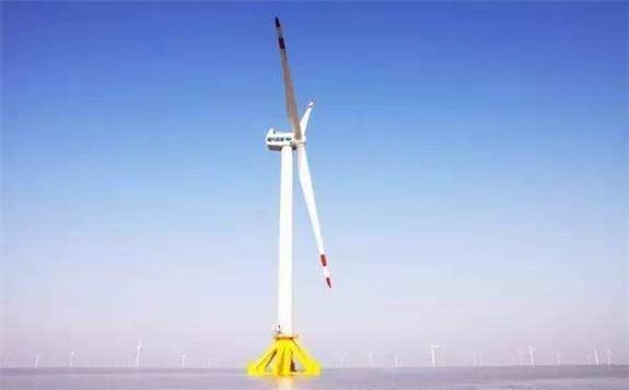 中国首台完全自主知识产权海上风电机组问世