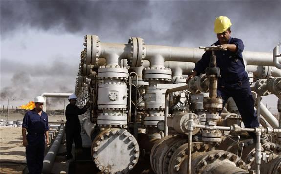 """中国向伊拉克伸出援手,达成""""石油换重建""""项目"""