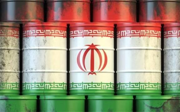 """伊朗方面日前公開了受損油輪照片 誓稱將調查此事件并在確定攻擊者后作出""""恰當回應"""""""