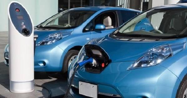 2025年我国电动汽车消纳新能源电量的能力可达到近300亿千瓦