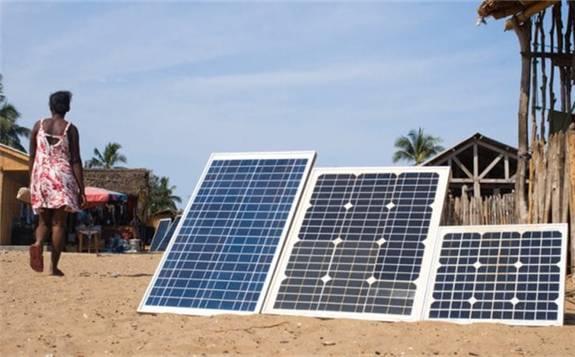 多哥政府计划在14个村庄安装微型电网