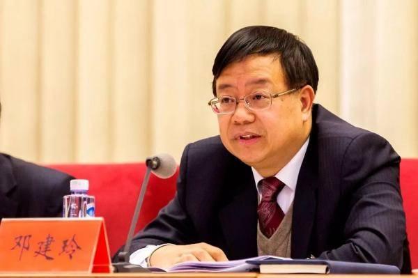 邓建玲任中国华能集团有限公司董事、总经理、党组副书记