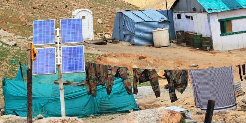 乌干达所有军营将装备离网光伏系统