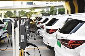 坚持纯电驱动不动摇 新能源汽车亟待回归初心