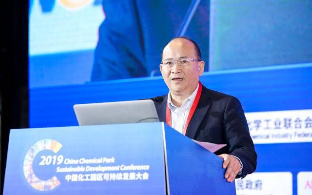 卞鐘武:堅持綠色可持續發展,全力打造世界級新材料產業園區