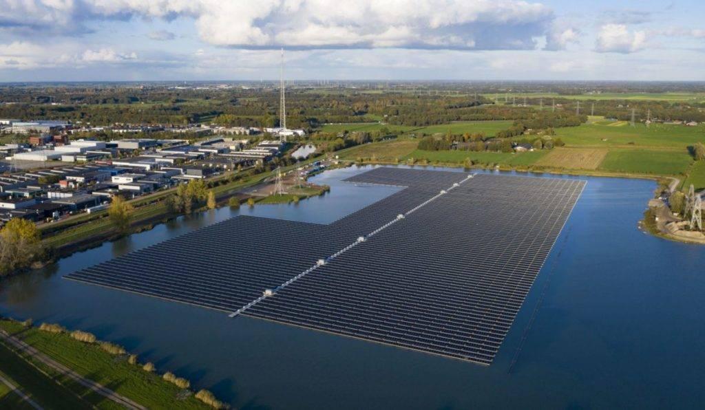德国BayWa位于荷兰的25兆瓦浮动光伏阵列投产