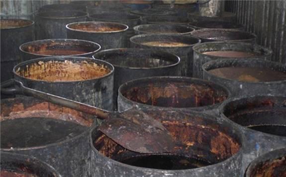 """地溝油如今已成為""""香餑餑""""?已成為生物柴油的主要原料"""