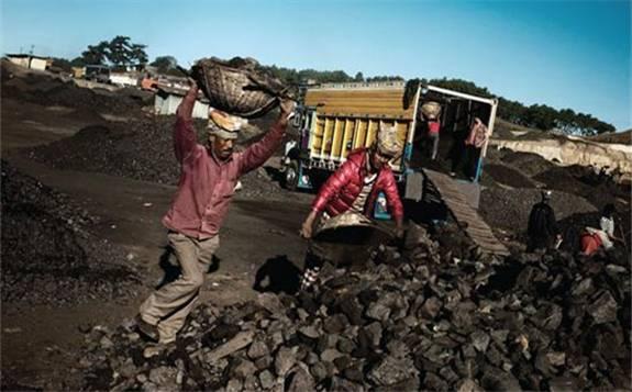 电力需求下降拉低印度煤炭进口量