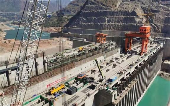 国家重大建设项目——金沙水电站成功实现三期截流