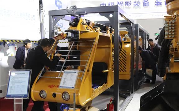 石煤机公司大功率单轨吊填补国内空白