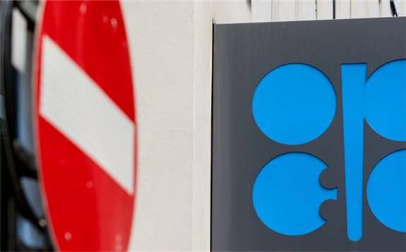 OPEC+倾向于延长减产协议,但俄罗斯建议等待