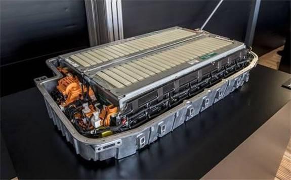 科學家在固態電池技術方面取得新突破
