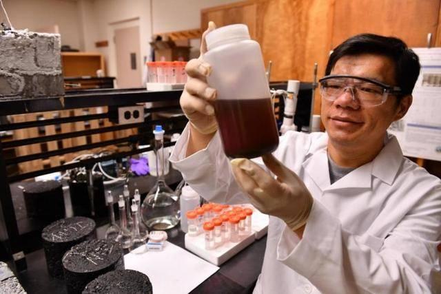 环保新方法!华盛顿州立大学科学团队利用废弃葡萄皮制造除冰剂