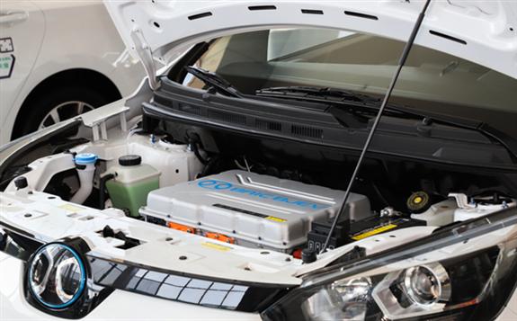 """动力电池市场对外开放 本土企业迎来""""挑战"""""""