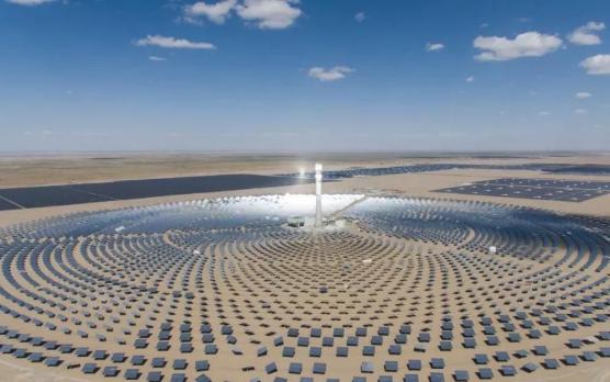 上海电气:迪拜950MW光伏光热混合发电项目再取得里程碑式进展