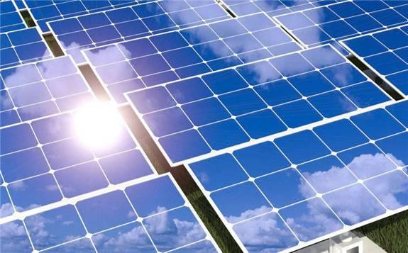 法国电力企业明年起将每年开发约10亿瓦太阳能电站