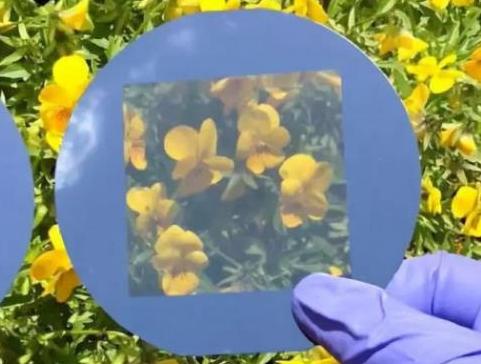 韩国科学家发现可以看得见风景的太阳能面板材料!